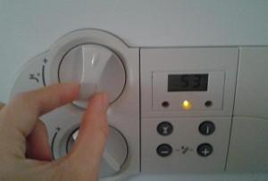 Контроль температуры воды на выходе в газовом котле