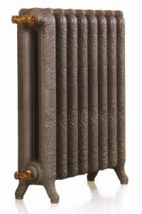 Радиатор выполнен изчугуна