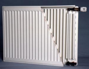 Радиатор из двух объединенных панелей