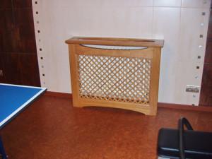 Установка деревянного экрана