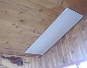 Электрические панели легко монтируются уже на стадии готового дома