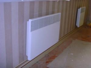 Настенный конвектор в квартире